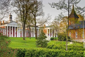 Washington and Lee University with Lee Chapel