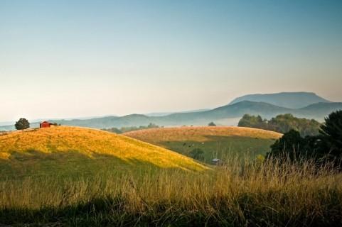 Farmhouse View of House Mountain